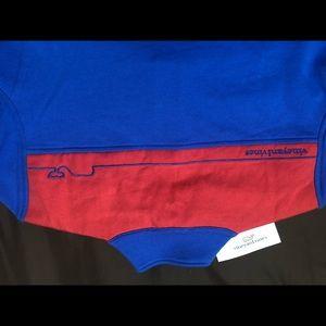 Vineyard vines 1/4 zip sweatshirt with volleyball
